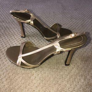 Nine West gold heels - Size 7